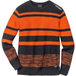 Sweter Regular Fit bonprix ciemnopomarańczowo-antracytowy melanż w paski. Swetry przez głowę męskie marki Giacomo Conti. Za 109.99 zł.