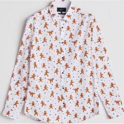 Koszula z motywem świątecznym - Kremowy. Białe koszule męskie Reserved. Za 59.99 zł.