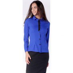 Klasyczna Kobaltowa Taliowana Koszula z Czarną Taśmą przy Guzikach. Niebieskie koszule damskie Molly.pl, eleganckie, z klasycznym kołnierzykiem, z długim rękawem. Za 149.90 zł.
