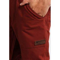 Burton SOUTHSIDE Spodnie narciarskie fired brick. Spodnie snowboardowe męskie marki WED'ZE. W wyprzedaży za 755.10 zł.