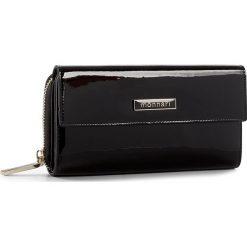 Duży Portfel Damski MONNARI - PUR1021-020 Black. Czarne portfele damskie Monnari, z lakierowanej skóry. W wyprzedaży za 149.00 zł.