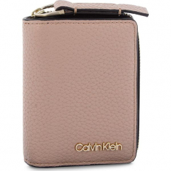 Mały Portfel Damski CALVIN KLEIN - Ck Base Small Wallet K60K604610 007. Czerwone portfele damskie Calvin Klein, ze skóry ekologicznej. Za 229.00 zł.