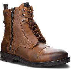 Kozaki PEPE JEANS - Tom Cut Boot PMS50162 Tan 869. Brązowe kozaki męskie Pepe Jeans, z jeansu, eleganckie. W wyprzedaży za 449.00 zł.