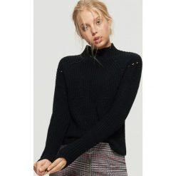 Sweter o drobnym splocie - Czarny. Swetry damskie marki bonprix. W wyprzedaży za 39.99 zł.