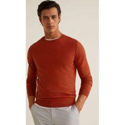 Mango Man - Sweter Ten. Brązowe swetry przez głowę męskie Mango Man, z bawełny, z okrągłym kołnierzem. Za 139.90 zł.