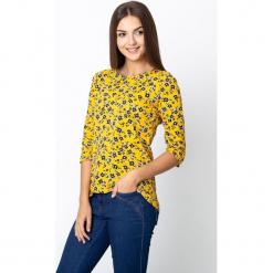 Żółta bluzka w czarne kwiaty QUIOSQUE. Czarne bluzki damskie QUIOSQUE, w kwiaty, z jeansu, z długim rękawem. W wyprzedaży za 59.99 zł.