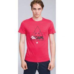T-shirt męski TSM222 - koral. Różowe t-shirty męskie 4f, z bawełny. W wyprzedaży za 39.99 zł.