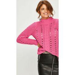 Vero Moda - Sweter Nila. Różowe swetry damskie Vero Moda, z dzianiny. W wyprzedaży za 99.90 zł.