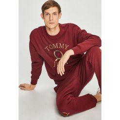 Tommy Jeans - Bluza. Brązowe bluzy męskie Tommy Jeans, z aplikacjami, z bawełny. Za 579.90 zł.