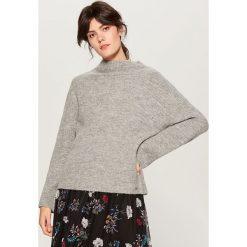 Sweter z domieszką wełny - Szary. Szare swetry damskie Mohito, z wełny. Za 119.99 zł.