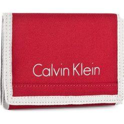 Duży Portfel Męski CALVIN KLEIN - Col3 Bylon 8CC + Coin K50K502519 646. Czerwone portfele męskie Calvin Klein, z materiału. W wyprzedaży za 149.00 zł.