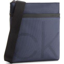Saszetka CALVIN KLEIN - Ck Poit Flat Crosso K50K503877  443. Niebieskie saszetki męskie Calvin Klein, z materiału, młodzieżowe. Za 349.00 zł.
