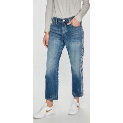 Tommy Jeans - Jeansy. Niebieskie jeansy damskie Tommy Jeans. Za 539.90 zł.