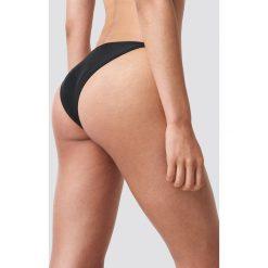 NA-KD Swimwear Dół bikini z cienkim paseczkiem - Black. Czarne bikini damskie NA-KD Swimwear. Za 32.00 zł.