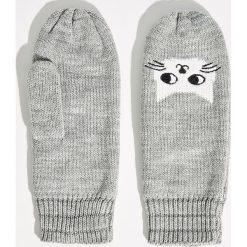 Rękawiczki z kotem - Jasny szar. Szare rękawiczki damskie Sinsay. Za 24.99 zł.