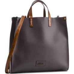Torebka NOBO - NBAG-F0630-C019 Szary. Szare torebki do ręki damskie Nobo, ze skóry ekologicznej. W wyprzedaży za 159.00 zł.