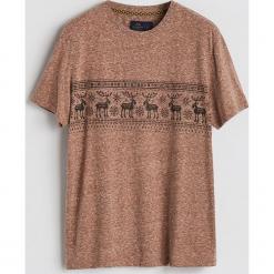 T-shirt z motywem zimowym - Brązowy. Brązowe t-shirty męskie Reserved. Za 39.99 zł.