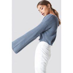 NA-KD Krótki sweter z dzianiny z długim rękawem - Blue. Niebieskie swetry damskie NA-KD, z dzianiny. Za 121.95 zł.