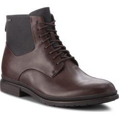 Kozaki CLARKS - Londonpace Gtx GORE-TEX 261269307 Brown Leather. Brązowe kozaki męskie Clarks, z gore-texu. W wyprzedaży za 469.00 zł.
