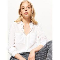 Biała koszula - Biały. Białe koszule damskie Cropp. Za 59.99 zł.