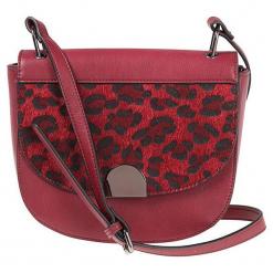 """Torebka """"Acca"""" w kolorze bordowym - 24 x 22 cm. Czerwone torby na ramię damskie Scottage. W wyprzedaży za 72.95 zł."""
