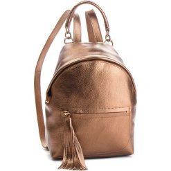Plecak COCCINELLE - CN0 Leonie E1 CN0 54 03 01 Brązowy. Brązowe plecaki damskie Coccinelle, ze skóry, klasyczne. Za 1,249.90 zł.