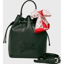 Love Moschino - Torebka. Szare torby na ramię damskie Love Moschino. Za 849.90 zł.