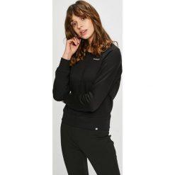 New Balance - Bluza. Czarne bluzy damskie New Balance, z bawełny. W wyprzedaży za 169.90 zł.