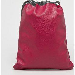 Mi-Pac - Plecak. Czerwone plecaki damskie Mi-Pac, z materiału. Za 129.90 zł.