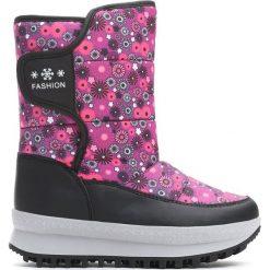 Fuksjowe Śniegowce Bright Sunshine. Fioletowe buty zimowe dziewczęce Born2be, z materiału. Za 99.99 zł.
