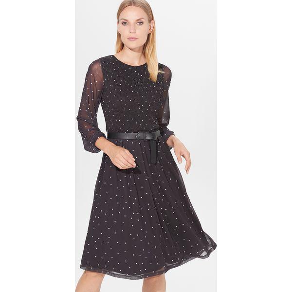 96b76308 Rozkloszowana sukienka w groszki - Czarny