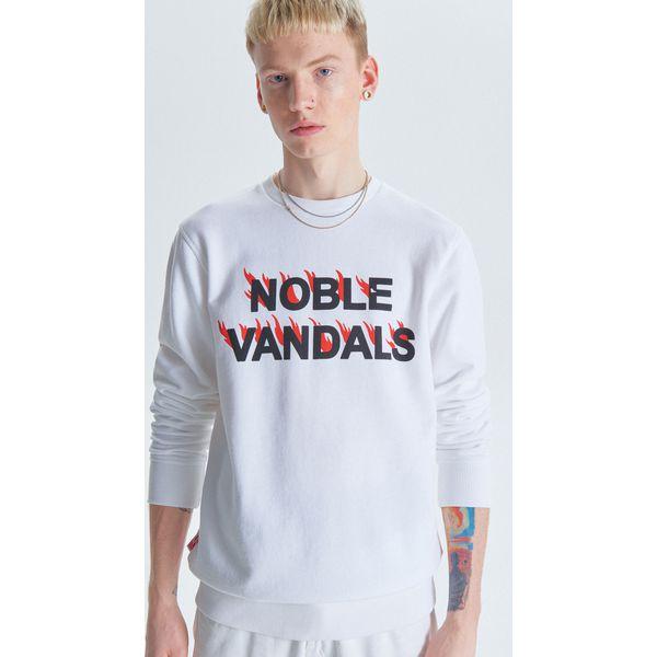 0a04cc6dc62faa Bluza z kolekcji Noble Vandals - Biały - Bluzy męskie marki Cropp. W ...