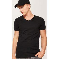 T-shirt basic - Czarny. Czarne t-shirty męskie House. Za 25.99 zł.