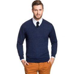 Sweter FABRIZIO SWGR000138. Niebieskie swetry przez głowę męskie Giacomo Conti, na jesień, z bawełny, dekolt w kształcie v. Za 149.00 zł.