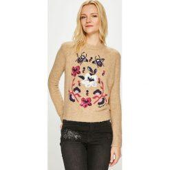 Pepe Jeans - Sweter Lali. Różowe swetry damskie Pepe Jeans, z dzianiny, z okrągłym kołnierzem. Za 319.90 zł.