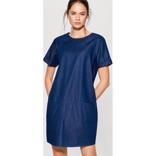 c832bc7294 Jeansowa sukienka - Niebieski - Sukienki damskie marki Mohito. W ...