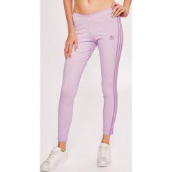 Adidas Originals - Legginsy. Szare legginsy damskie adidas Originals, z bawełny. W wyprzedaży za 149.90 zł.