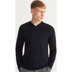 Sweter ze stójką - Czarny. Swetry damskie marki Giacomo Conti. W wyprzedaży za 79.99 zł.