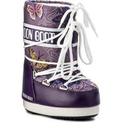 Śniegowce MOON BOOT - Jr Butterfly 34001000001 Viola. Śniegowce dziewczęce Moon Boot, z materiału. W wyprzedaży za 249.00 zł.
