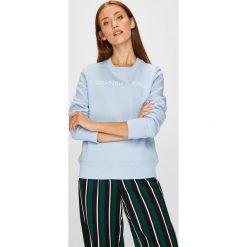 Calvin Klein Jeans - Bluza. Szare bluzy damskie Calvin Klein Jeans, z nadrukiem, z bawełny. Za 399.90 zł.