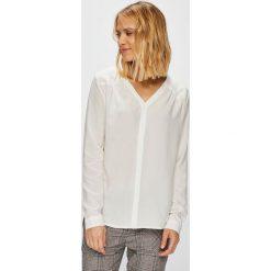 Mustang - Koszula. Szare koszule damskie Mustang, z tkaniny, casualowe, z krótkim rękawem. W wyprzedaży za 159.90 zł.