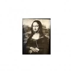 """T-shirt : """" Mona Lisa """". Czarne t-shirty męskie Life is art, z nadrukiem, z klasycznym kołnierzykiem. Za 99.00 zł."""