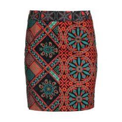 Desigual Spódnica Damska Henri 40 Czerwony. Czerwone spódnice damskie Desigual. W wyprzedaży za 219.00 zł.