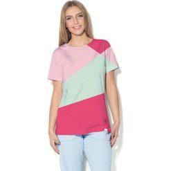 Colour Pleasure Koszulka CP-030 3 malinowo-różowo-miętowa r. XL/XXL. Bluzki damskie Colour Pleasure. Za 70.35 zł.