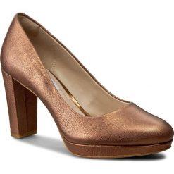 Półbuty CLARKS - Kendra Sienna 261258734 Bronze Metallic. Żółte półbuty damskie Clarks, z materiału, eleganckie. W wyprzedaży za 199.00 zł.