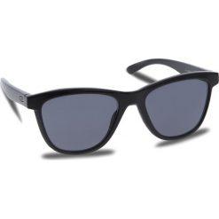 Okulary przeciwsłoneczne OAKLEY - Moonlighter OO9320-01 Polished Black/Grey. Czarne okulary przeciwsłoneczne damskie Oakley. W wyprzedaży za 419.00 zł.