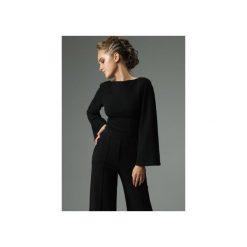 BLUZKA SLENDER - CZARNA. Czarne bluzki damskie Madnezz, z bawełny, biznesowe, z dekoltem na plecach. Za 179.00 zł.