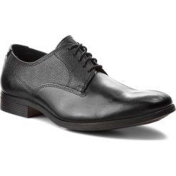 Półbuty CLARKS - Gilmore Walk 261348607 Black Leather. Czarne eleganckie półbuty Clarks, z materiału. W wyprzedaży za 319.00 zł.