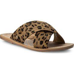 Klapki PEPE JEANS - Malibu Sabana PLS90318 Camel 36. Brązowe klapki damskie Pepe Jeans, z jeansu. W wyprzedaży za 199.00 zł.