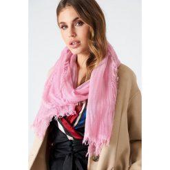 Filippa K Szal Cold Dyed Wool - Pink. Różowe szaliki i chusty damskie Filippa K. W wyprzedaży za 103.19 zł.